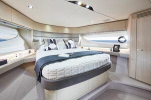 V60 Interior forward cabin alba oak satin | V Class