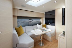 V40 Interior saloon alba oak satin | V Class